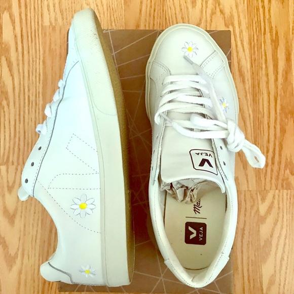 Vega Esplar Low Sneakers With Daisies